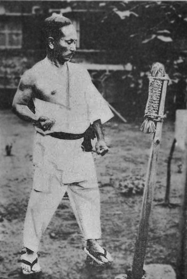 makiwara funakoshi